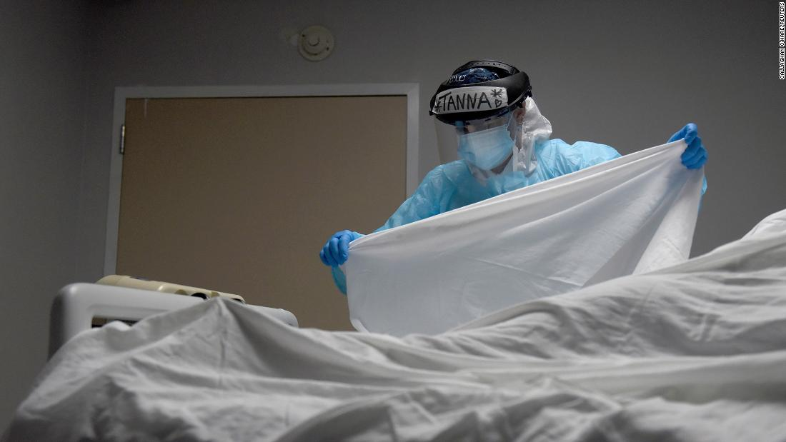 Corona virus in the United States: As the United States approaches 350,000 deaths due to Covid-19, one model expects that about 115,000 more people will die in the next four weeks.