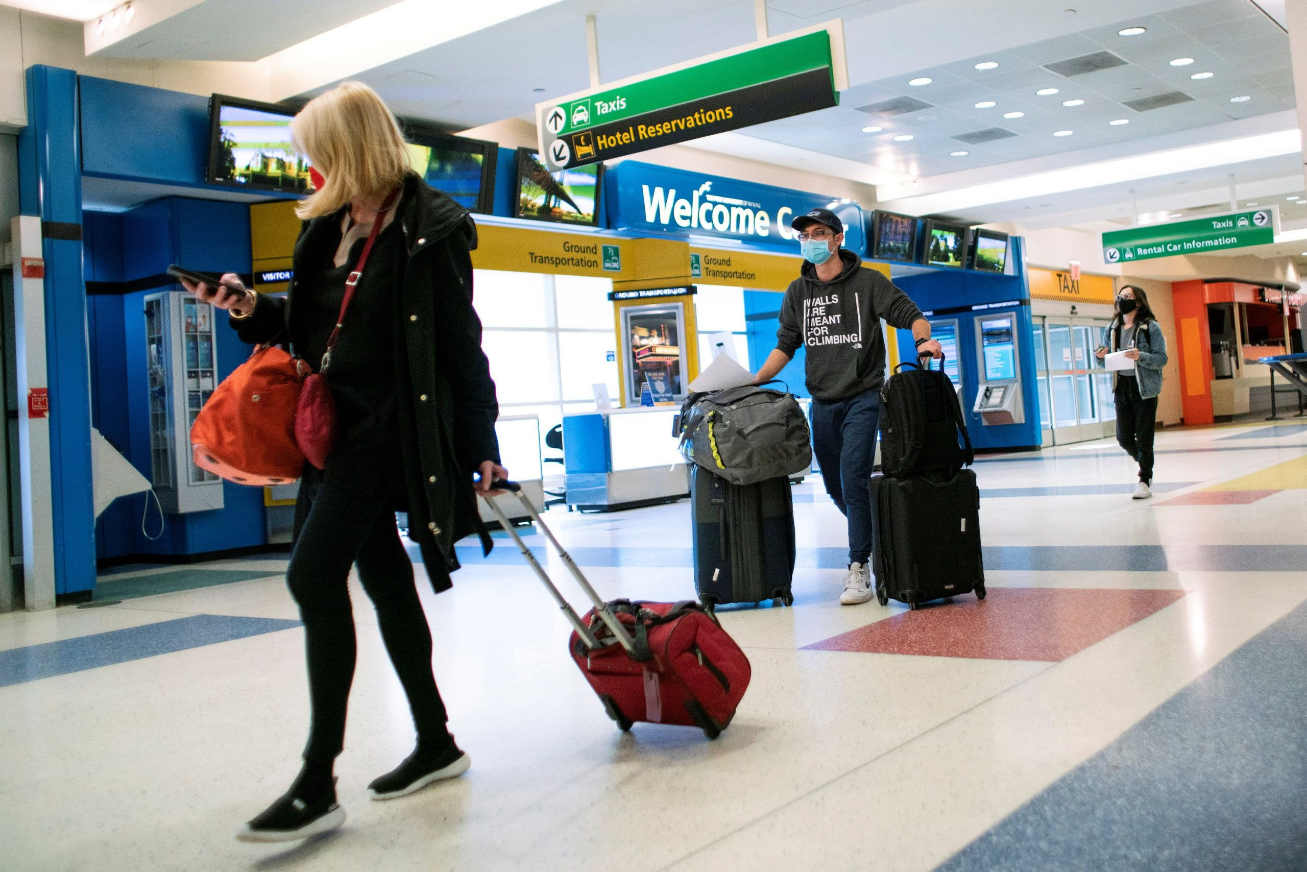 The US will require negative Covid tests for domestic international air travel
